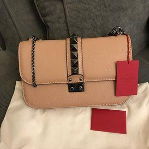 NWT Valentino Glam Lock, Nude,shoulder bag Medium